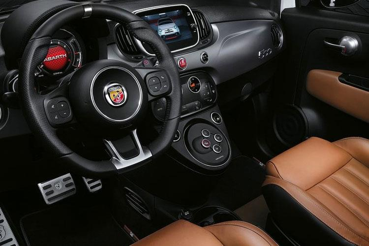 Abarth 595 Hatch 3Dr 1.4 T-Jet 165PS Scorpioneoro 3Dr Manual inside view